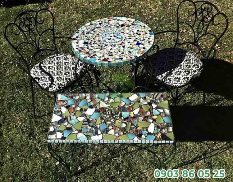 ban-ghe-phong-cach-mosaic