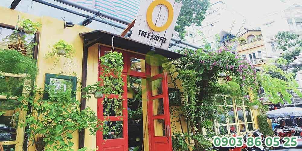 cong-quan-cafe-san-vuon-the-hien-dau-an-thuong-hieu-cua-quan