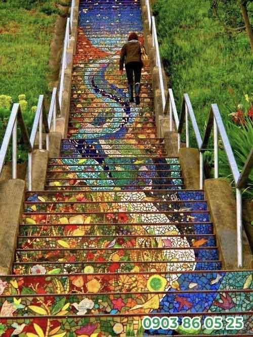 loi-di-san-vuon-mosaic-dep-mat